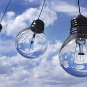 lampen in lucht